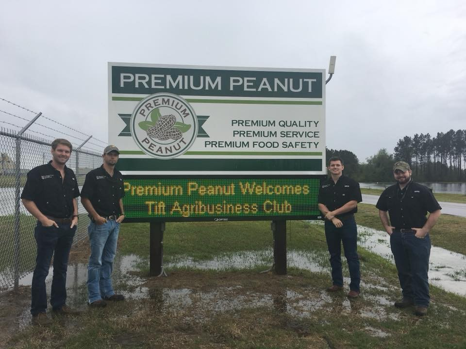 Agribusiness Club tours Premium Peanut